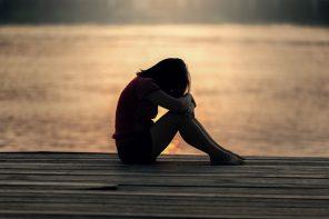 Samotna, zmęczona i zła – słowa dla matek zakazane.