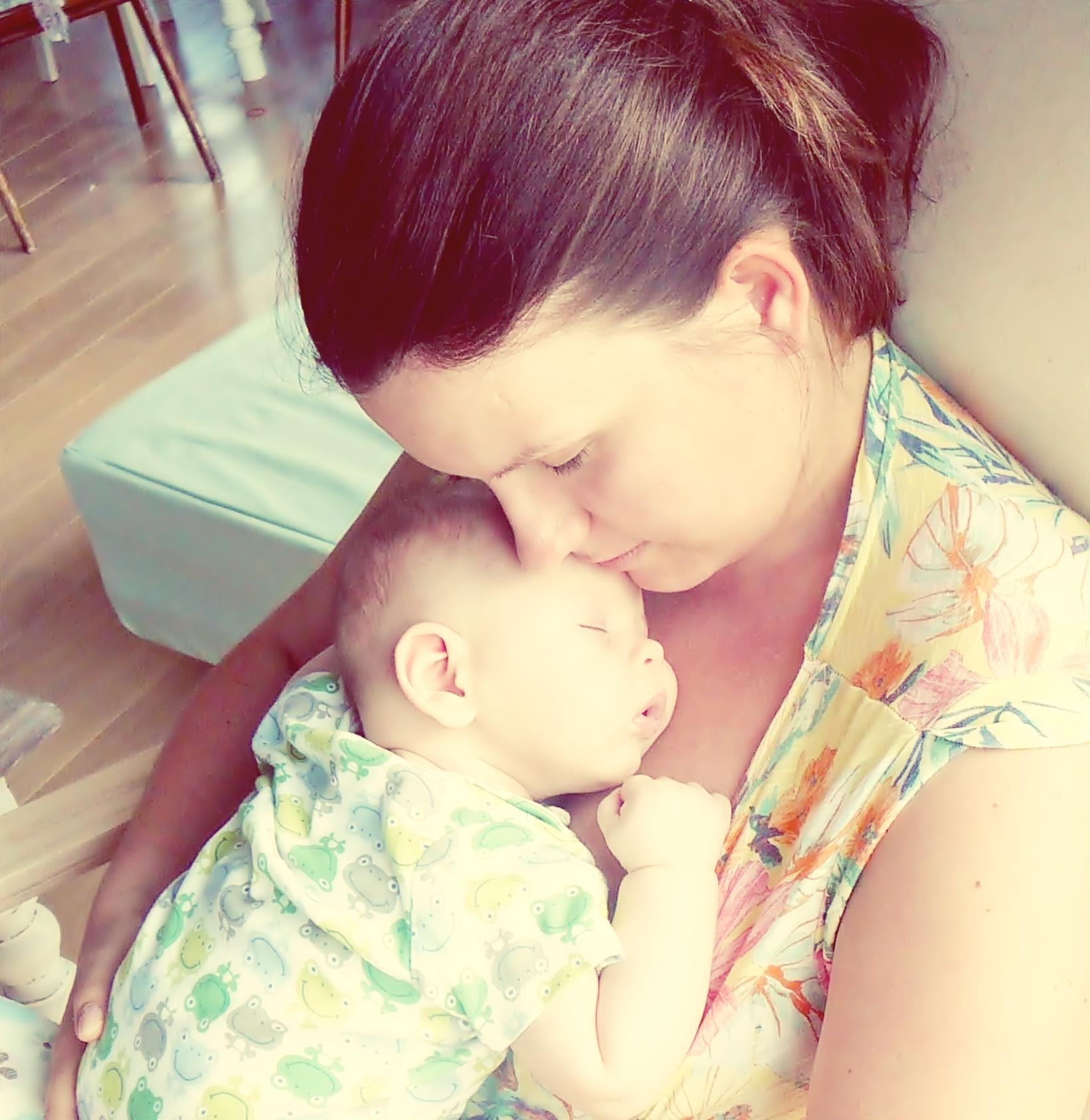 spanie z dzieckiem w jednym lozku